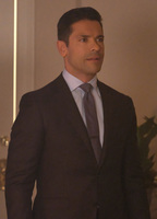 Mark consuelos 4a2aaeba biopic