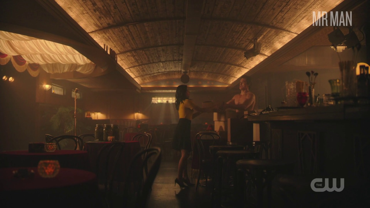 Riverdale 03x03 melton hd 01 large 3