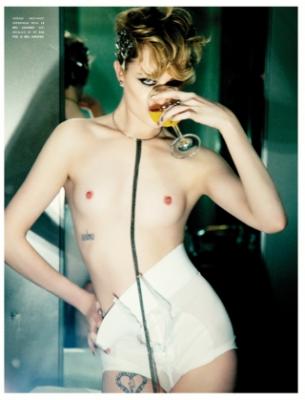 Gal gadot naked scene
