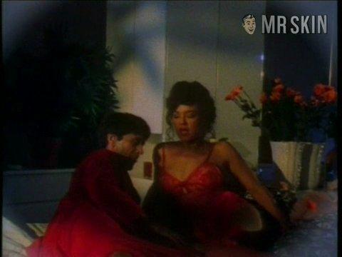Michelle bauer vampvix01 large 3