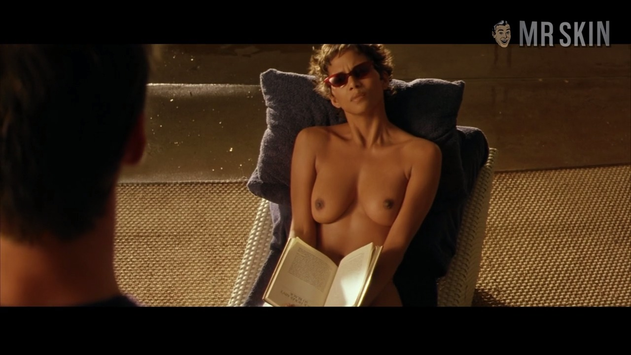 John Travolta Nude Pictures