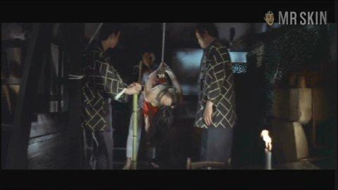 Nakedrashomon kozue 02 large 3