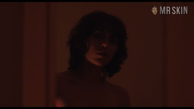 Undertheskin johansson hd w 04 large thumbnail 3 override